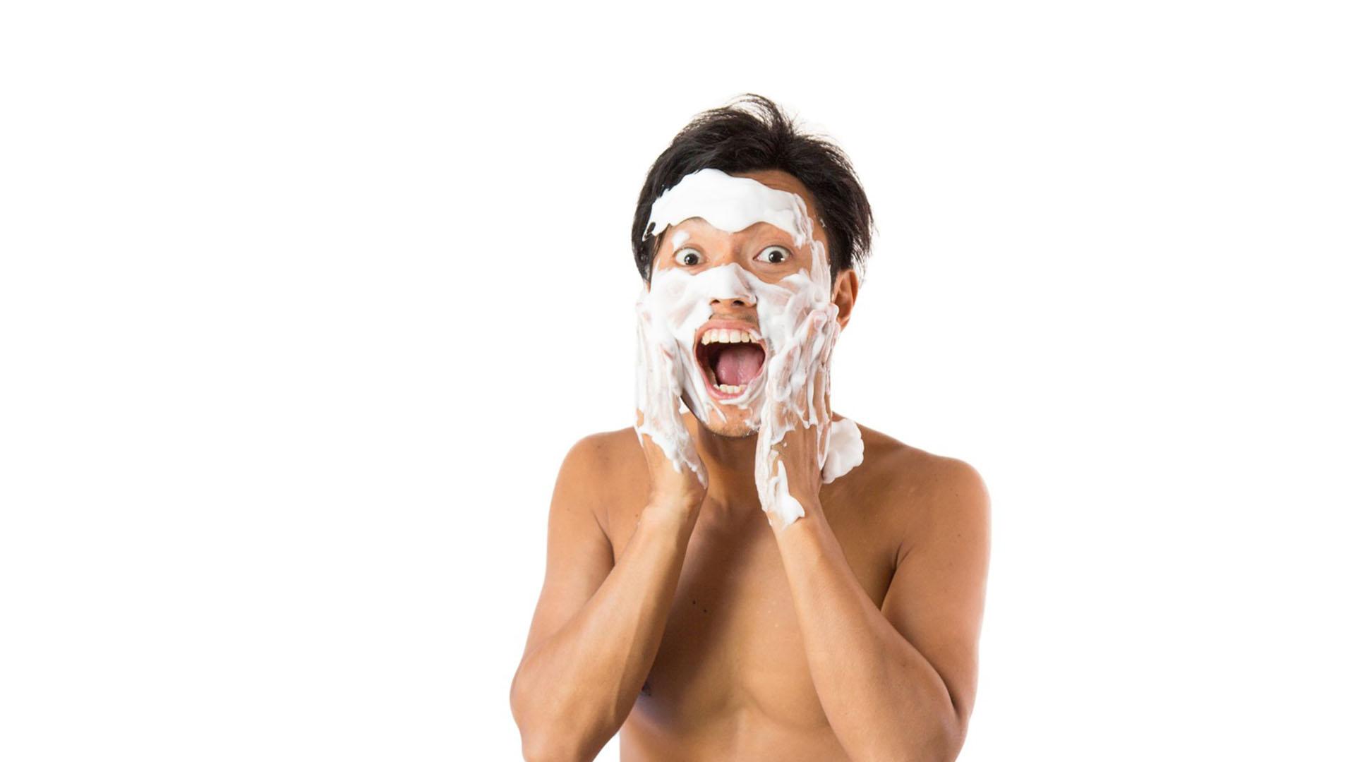 【メンズ】正しい洗顔のやり方とは?ゴシゴシ洗うのはNGです!