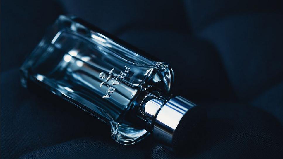 【メンズ香水】5つの香りの種類を解説します。それぞれの特徴は?