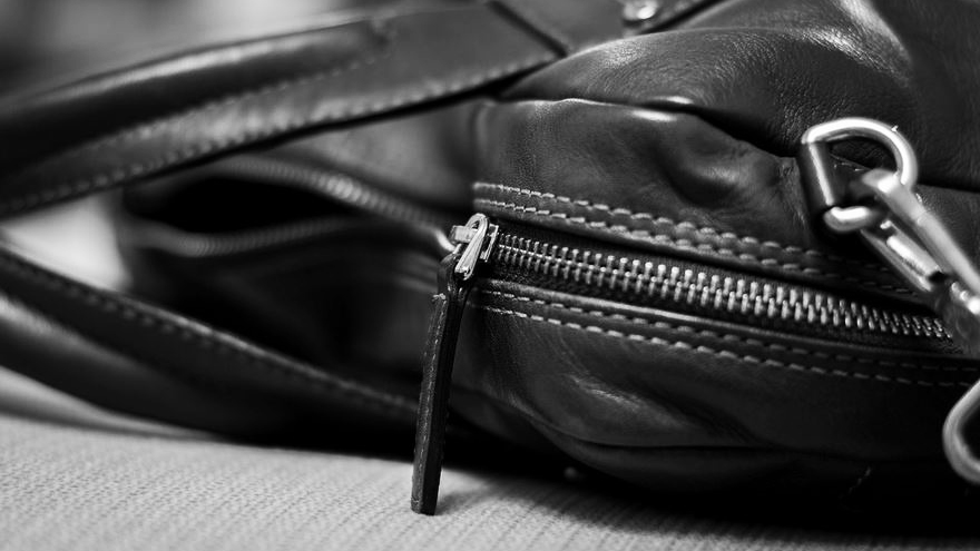 【メンズ】デートにおすすめのバッグの種類はこれ!選び方も解説します