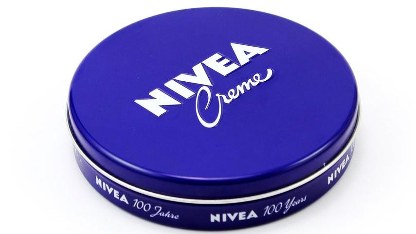 男のニベアクリームの使い方を紹介!潤いのある肌でモテるメンズへ。
