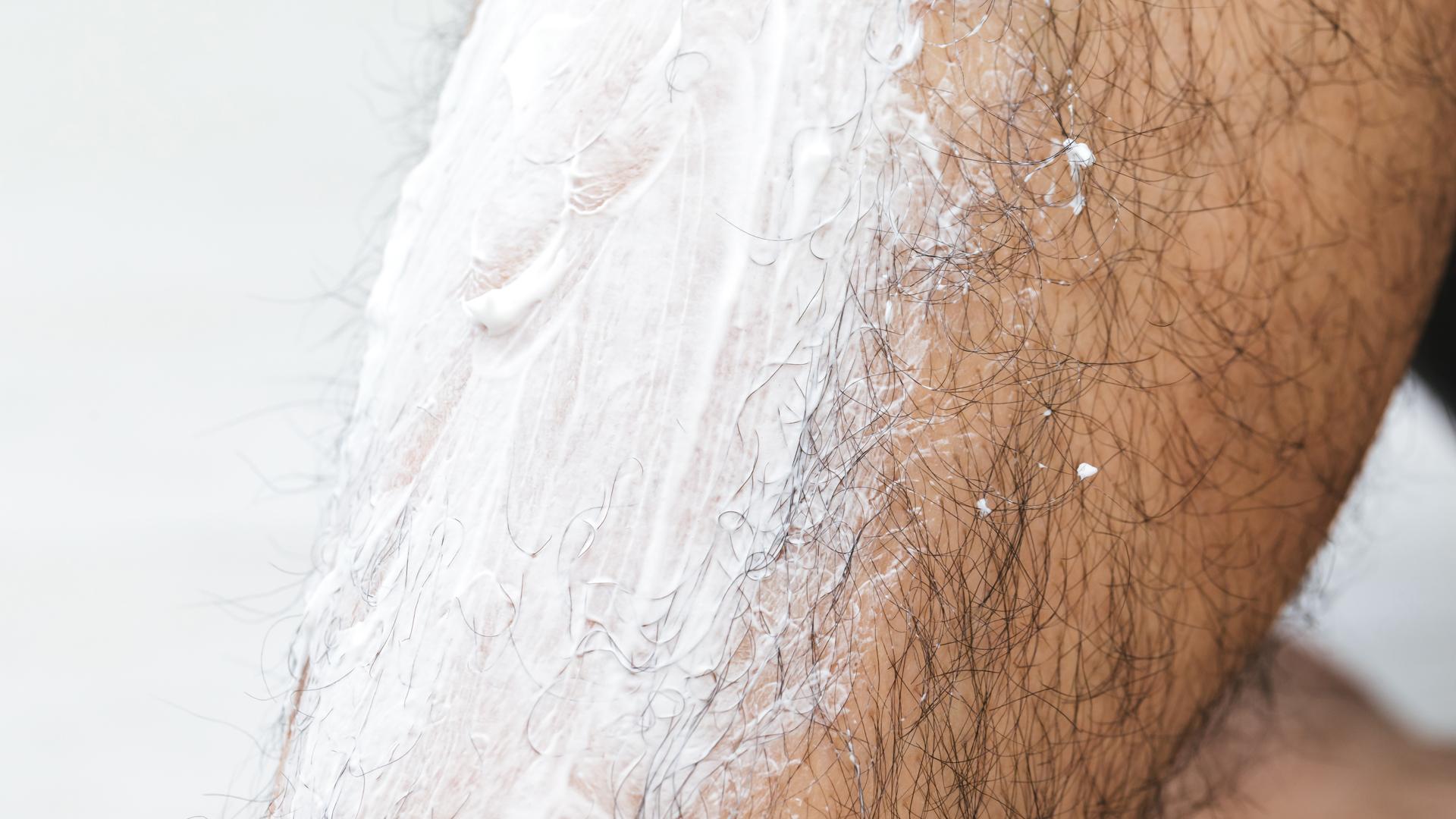 【メンズ】脱毛クリームのすべての疑問を解説!毛が濃くなる?痛みがある?