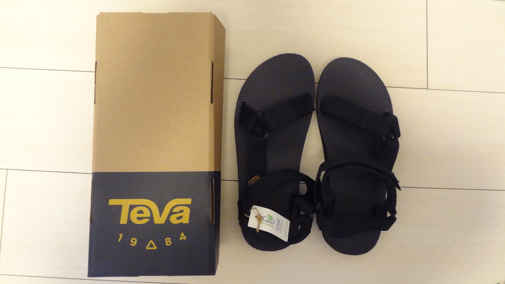 【レビュー】TEVAのオリジナルユニバーサルのサイズ感や履き心地はどうなの?