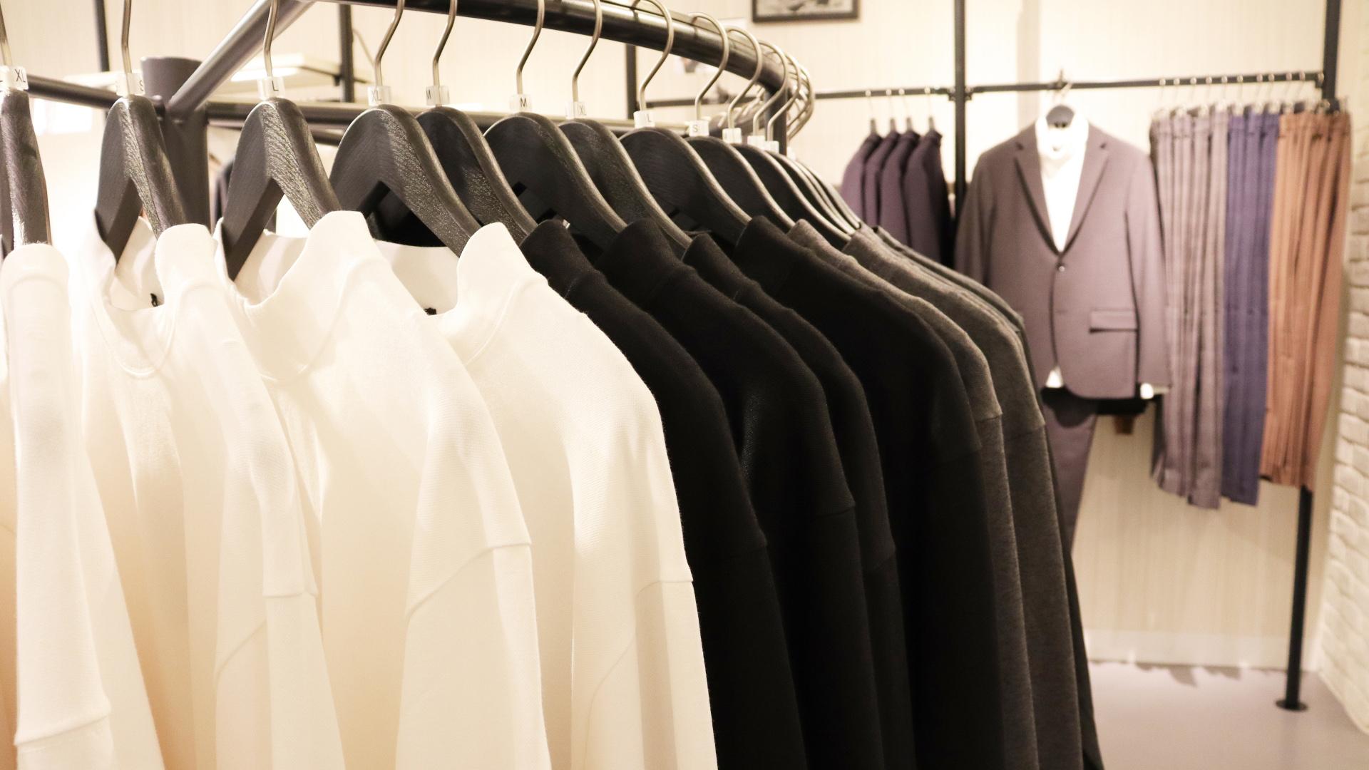 【メンズ】服を安く買う方法6選!安くてもおしゃれはできます!