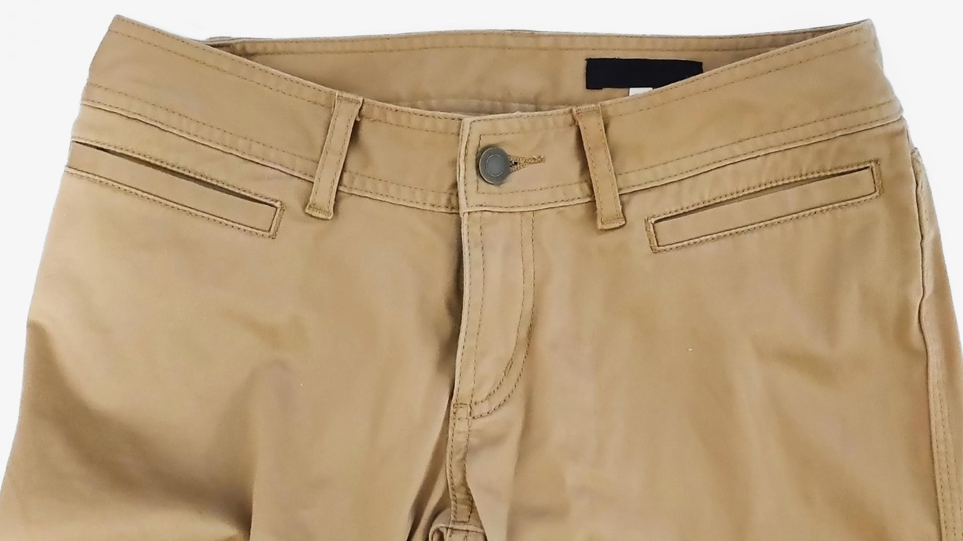 【メンズ】ダサいと思われるズボンの特徴10選!流行遅れです。