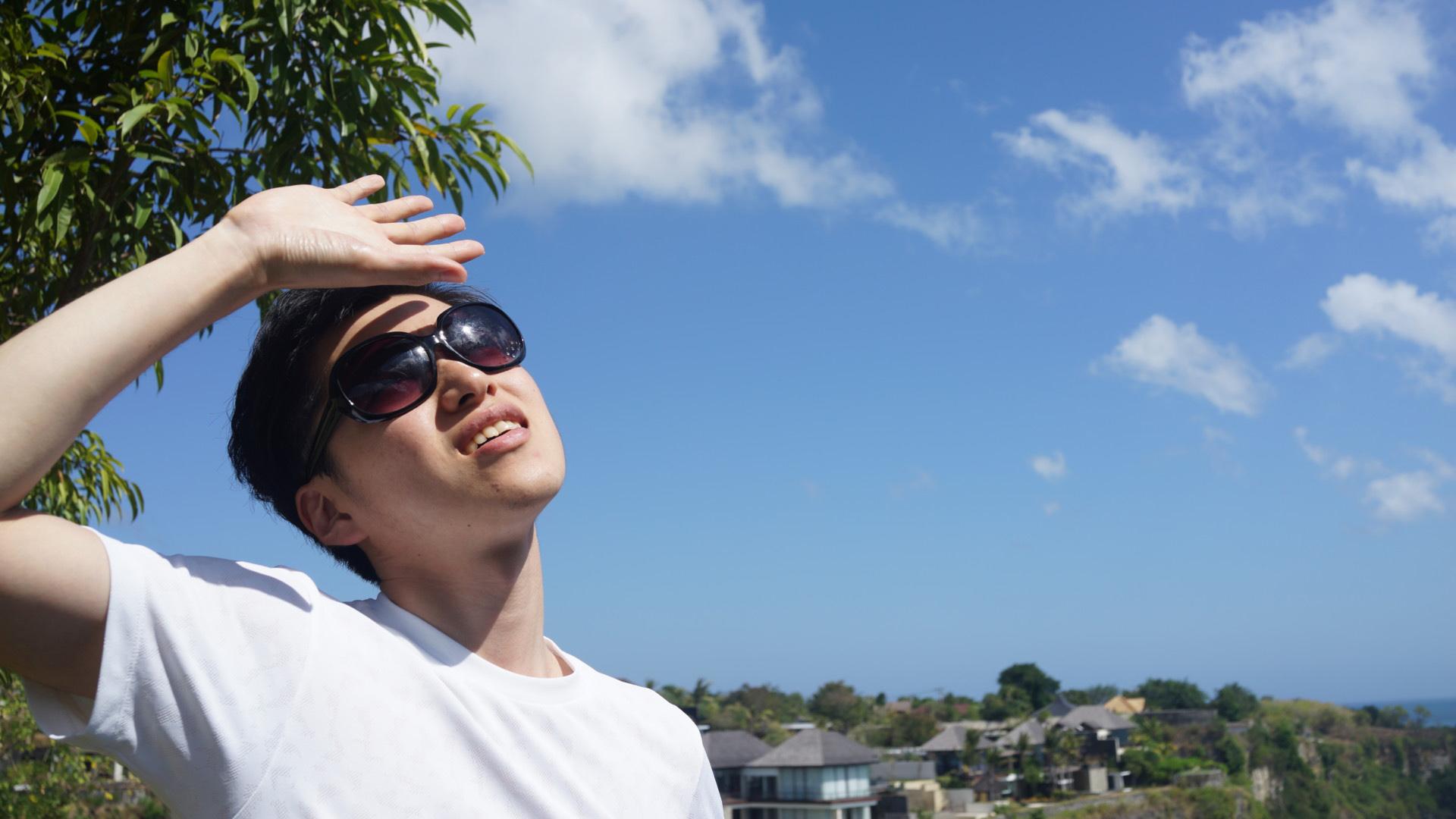 どうして男も日焼け止めが必要なの?塗らないと肌はどうなる?
