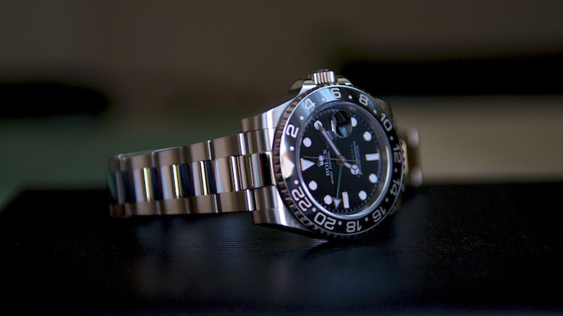 【メンズ】かっこいいと思われる腕時計の特徴10選!【女性ウケ抜群】