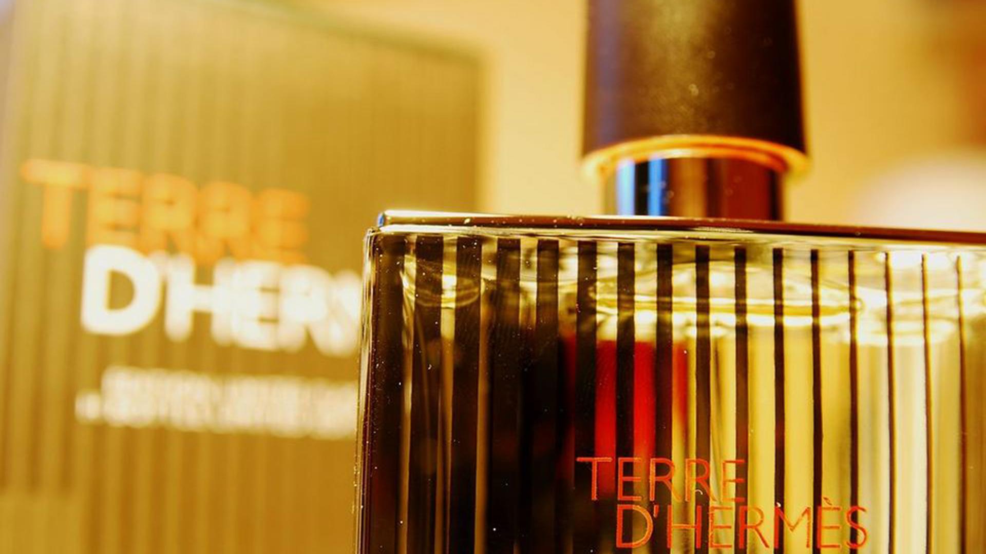 【まとめ】メンズの香水ブランド一覧!定番ブランドから高級ブランドまで紹介!!